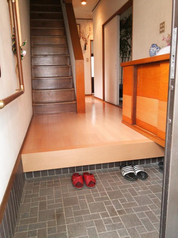 床貼り後 - 玄関
