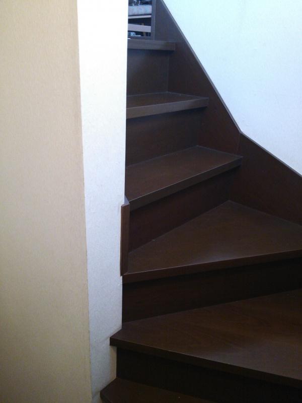 階段手すり取付前2
