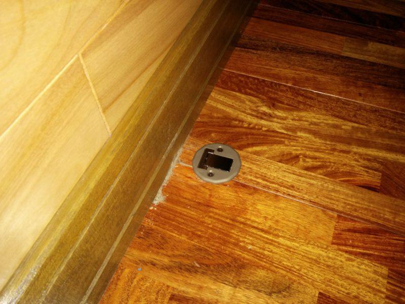 ドアストッパーマグネットタイプ床側