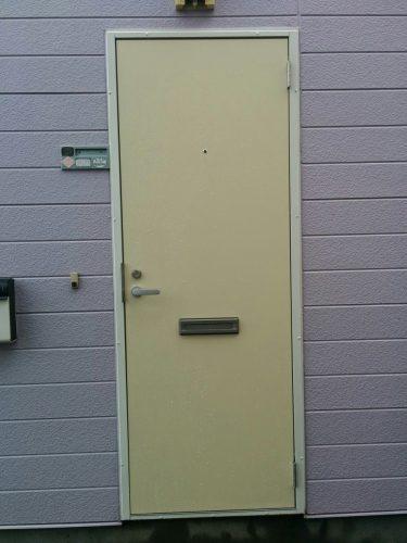アパート玄関ドア入替え後2