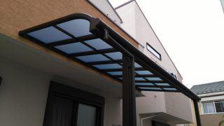 YKK ヴェクター テラス屋根【積雪~50cmタイプ&熱線遮断ポリカ板】設置の施工例