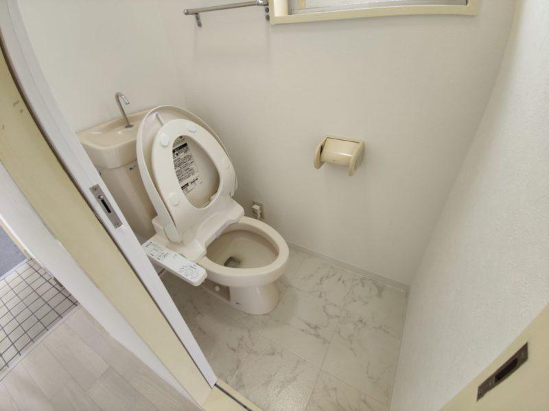 YF306号トイレ