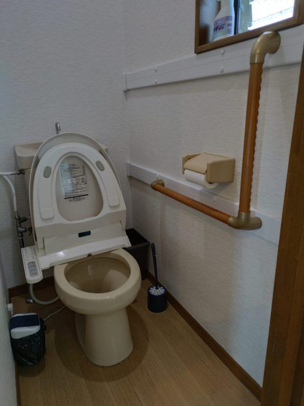 2階トイレ手すり設置後