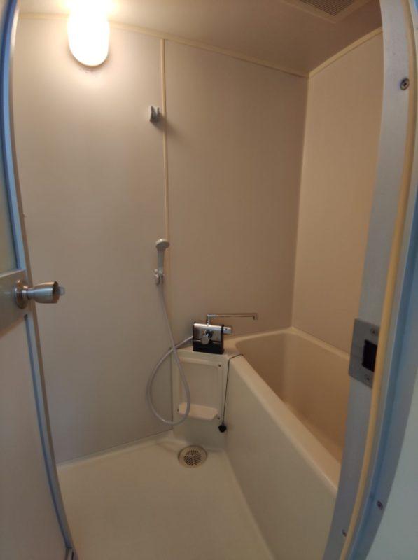 YF106浴室